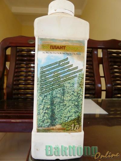 Sản phẩm phân bón Bioplant Florra do ông Sơn mua ở đại lý Tuấn Hằng